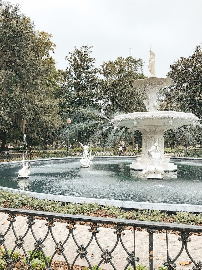 Forsyth Park - What to Do in Savannah - Travel by Brit